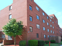 Moton Hall (757.727.5285) (<a href='http://www.hamptonu.edu/student_life/residencehalls.cfm' style='color:#ebebeb'>Visit Site</a>)