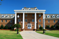 Gladys Hope Franklin White Hall (757.637.3111) (<a href='http://www.hamptonu.edu/student_life/residencehalls.cfm' style='color:#ebebeb'>Visit Site</a>)
