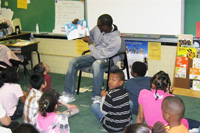 Student Athletes Read to Elementary Students in Newport News