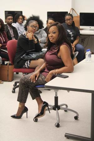 Star Jones holds Q&A with Scripps Howard students.