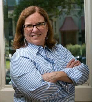 Professor Lynn Waltz