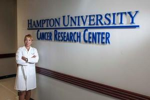 Dr. Ricks-Santi at the HU Cancer Research Center