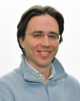 Dr. Alberto Accardi